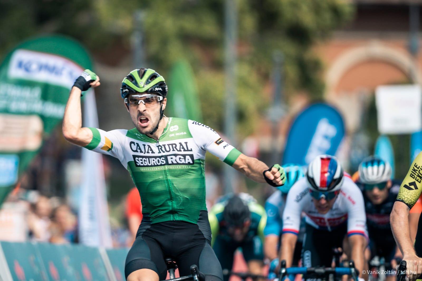 Jon Aberasturi arranca el Tour de Hungría con una merecida victoria