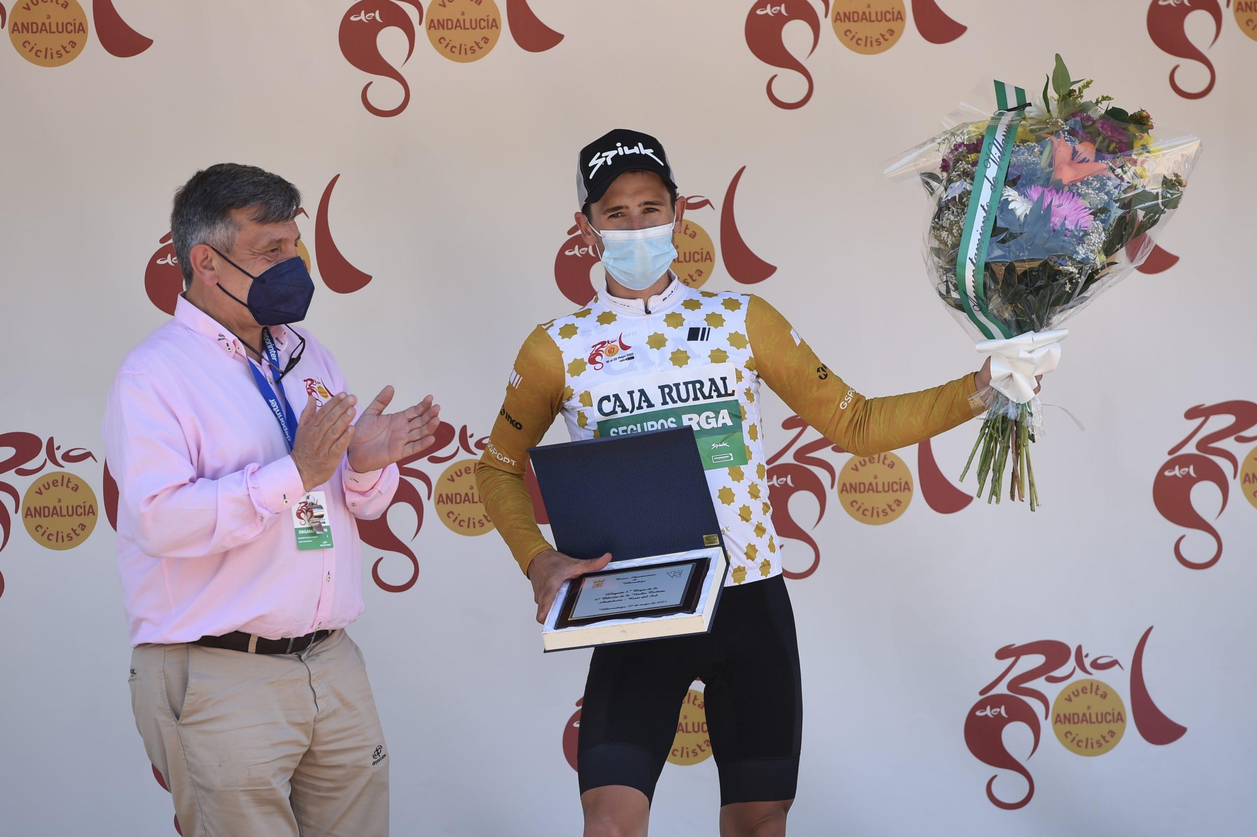 Un brillante Julen Amézqueta asalta el podio de Vuelta a Andalucía