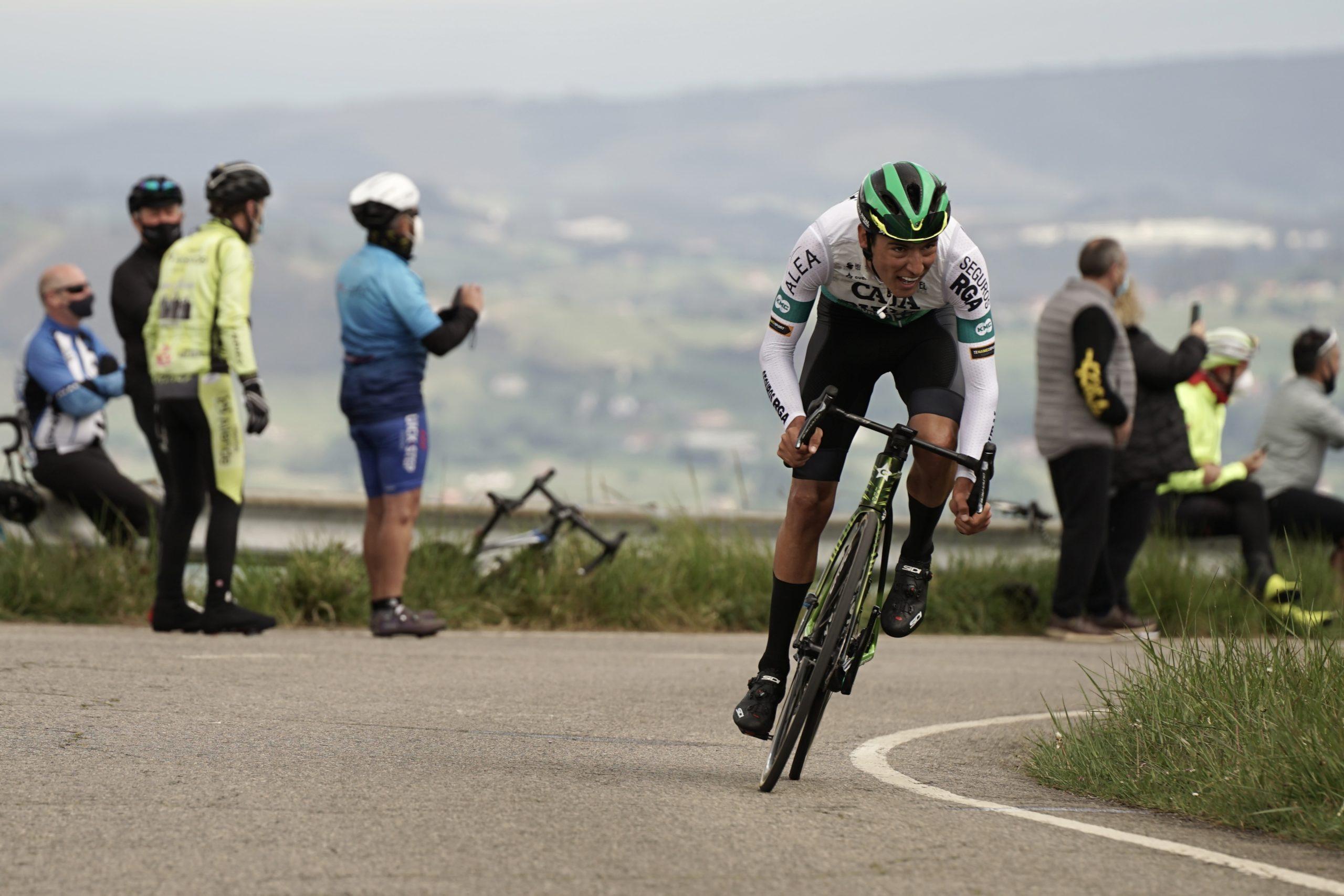 Alejandro Osorio remata en el Naranco una gran carrera a la que sólo le faltó la victoria