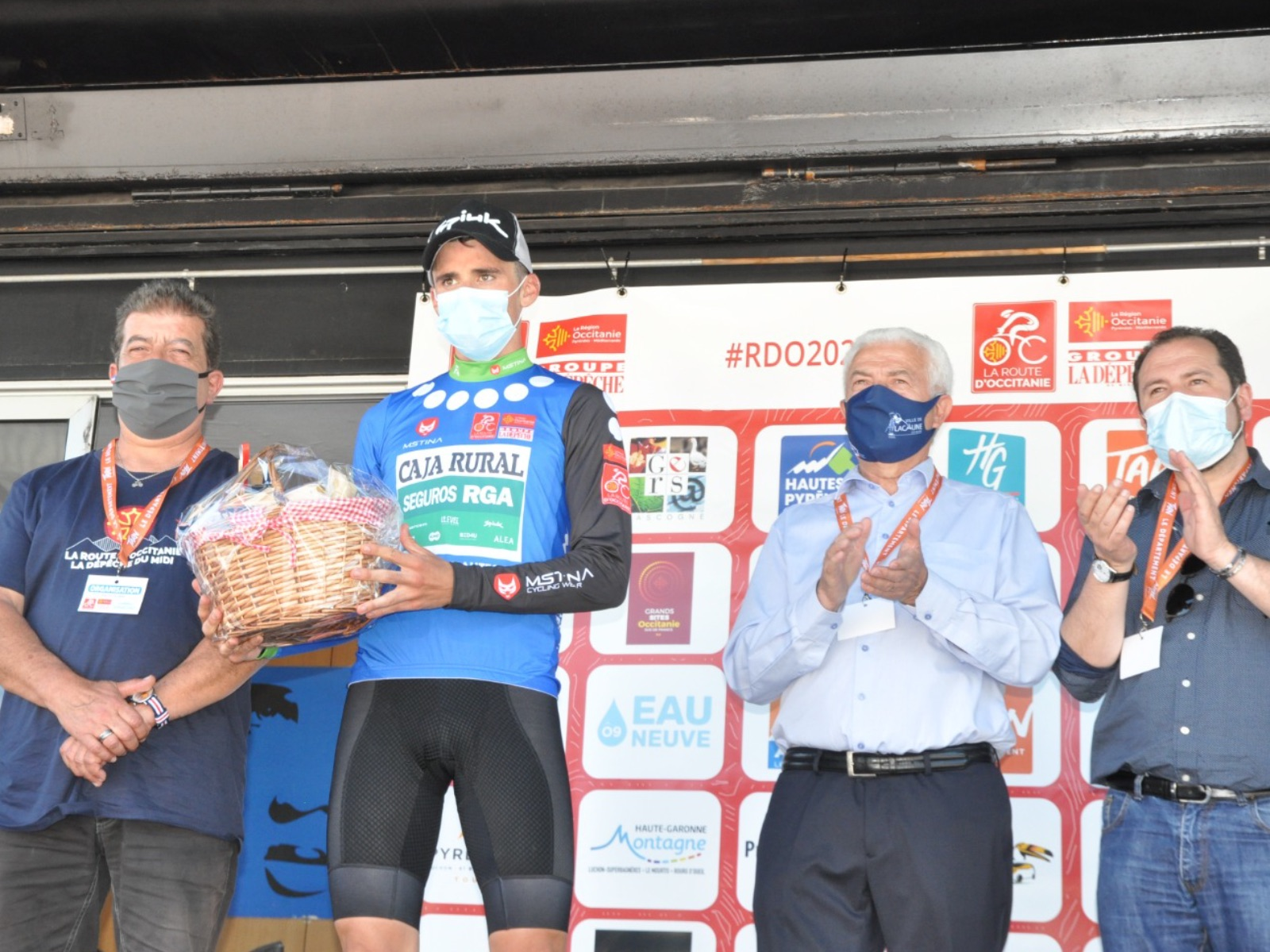 Fuga y podio para Álvaro Cuadros en el estreno de la Route d'Occitanie