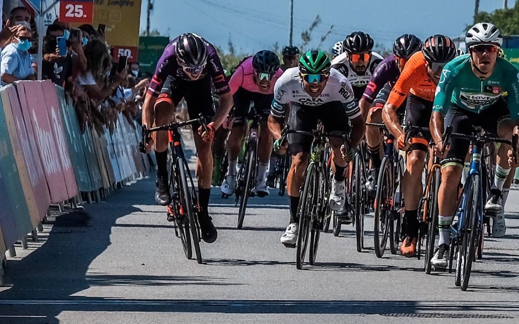 David González cierra la Volta ao Alentejo peleando el sprint en Évora