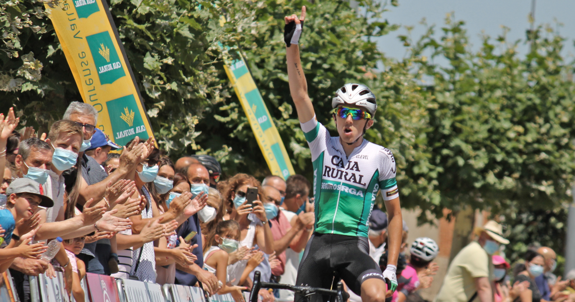 Calum Johnston remata la semana en Zamora convictoriaen el Trofeo San José