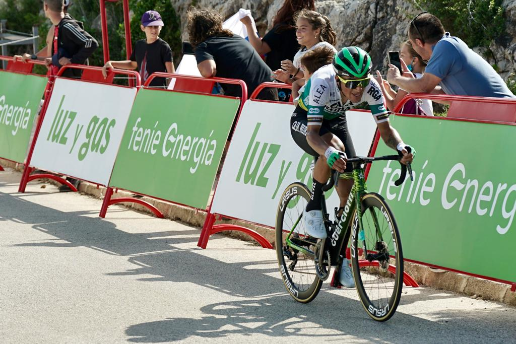 Solidez en una dura etapa de La Vuelta